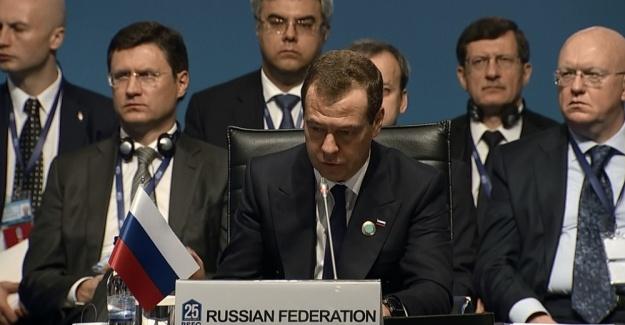 Medvedev: Karadeniz bizim ortak zenginliğimiz