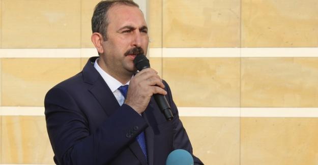 Adalet Bakanı: Fetullah Gülen'in iadesi...