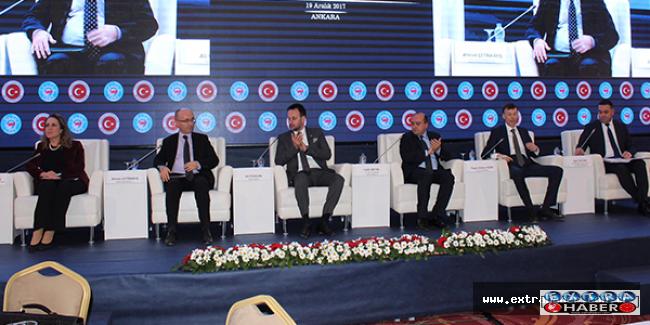 Fatih Metin ve ekonomi kurmaylarıyla buluştu.