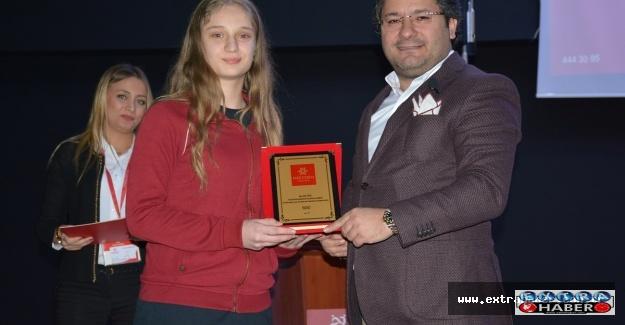 Balkan Şampiyonu Mektebim'de