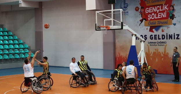 Fenerbahçe'ye 13 fark Attılar