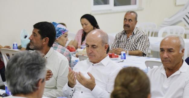 Akgün, Alevi vatandaşların matem orucunu paylaştı