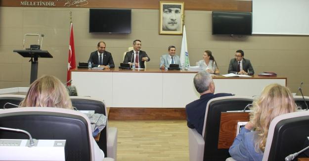 Belediye Meclisi, Başkan Kerimoğlu'na şirket kurması için yetki verdi