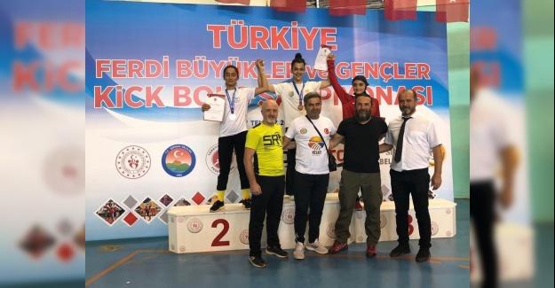 Bağcılar Belediyesi sporcuları, Türkiye Kick Boks Şampiyonu oldu