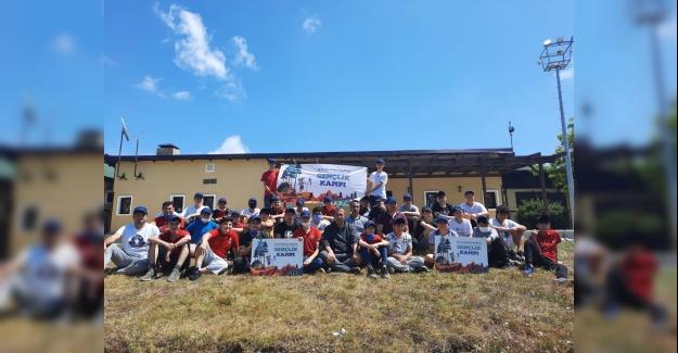 Küçükçekmeceli öğrenciler Gençlik Kampı'nda