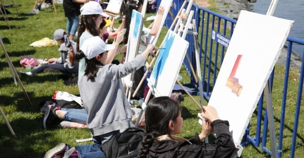2000 Çocuk İstanbul'u Resmetti