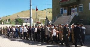 40 yıldır ilk bayram ziyareti Mehmetçiğe