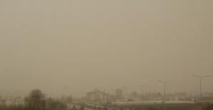 İlçeyi toz bulutu kapladı