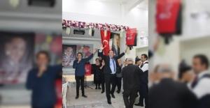 Fatih'te Fatihli Soner Özimer, belediye...