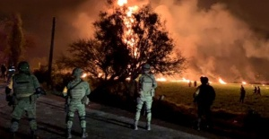 Meksika'da petrol boru hattında patlama