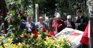 15 Temmuz Şehitleri vefatlarının 3. Yılında kabirleri başında anıldı