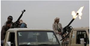 Husiler Suudi Arabistan'ın Cazan bölgesindeki askeri kampı vurdu.