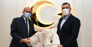 FRANSA'NIN İSTANBUL BAŞKONSOLOSU GAUVİN'DEN BAŞKAN BOZKURT'A ZİYARET