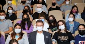 Liseliler sordu, belediye başkanı cevapladı