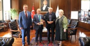 Atatürk fotoğrafları koleksiyoneri Hanri Benazus Büyükçekmece'de