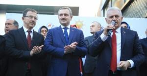 Binali Yıldırım Startı Eyüpsultan'da Verdi..