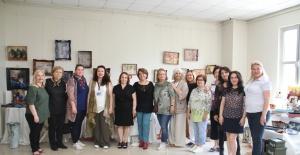 Ahşap Boyama Sergisi,Kartal'da Beğeniye Sunuldu