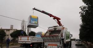 Büyükçekmece'de çöp konteynerleri yenileniyor